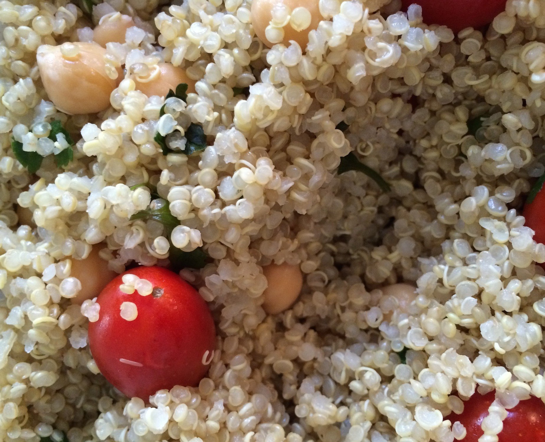 Easy Recipe: Hearty Veggie Quinoa Salad
