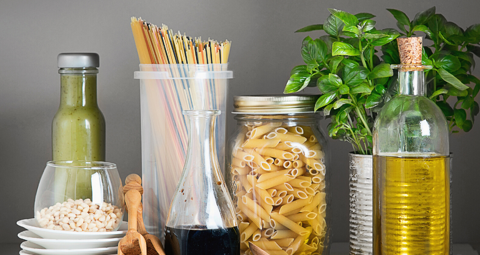 10 Healthy Pantry Foods and a Free Checklist